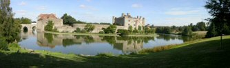 Panoramic photo - Leeds Castle